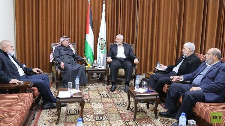 السفير القطري يعود إلى غزة بعد ساعات من رفض