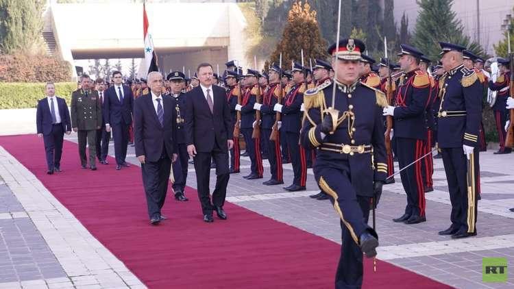 الأسد يتقبل أوراق اعتماد السفير الروسي الجديد لدى سوريا (صور+فيديو)
