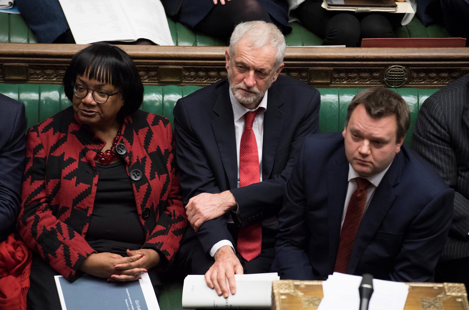 مجلس العموم البريطاني يرفض الموافقة على الصفقة بين لندن وبروكسل حول