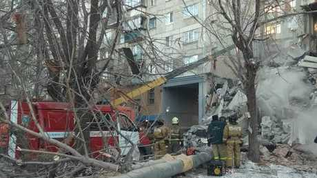 المبنى السكني المنهار في مدينة ماغنيتوغورسك الروسية