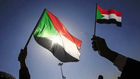 متظاهرون في الخرطوم يوم 9 يناير 2019