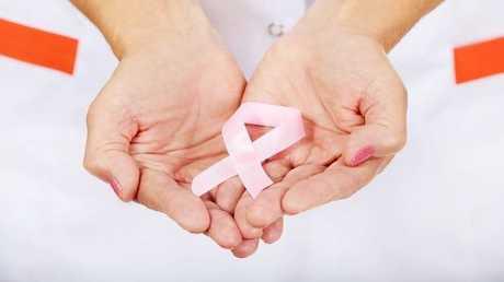 آلة حاسبة على الإنترنت تحدد النساء الأكثر عرضة للإصابة بسرطان الثدي