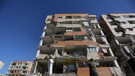 زلزال يضرب كرمنشاه الإيرانية