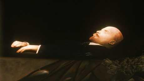 زيوغانوف: اقتراح دفن جثة لينين يهدف لزعزعة روسيا