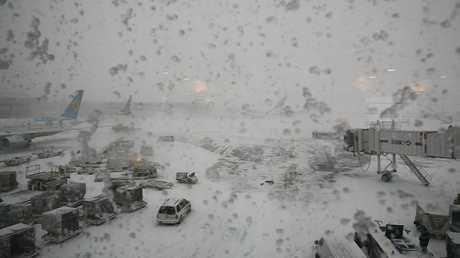 مطار بنيويورك تحت الثلج (صورة أرشيفية)