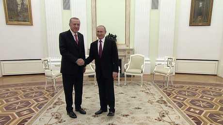 بوتين: الانسحاب الأمريكي من سوريا إيجابي