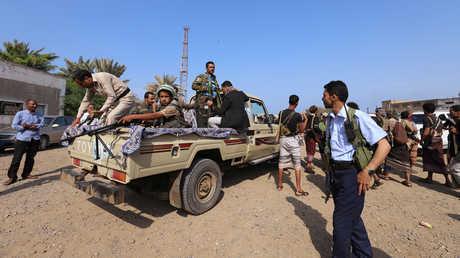 عناصر لجماعة الحوثيين في الحديدة