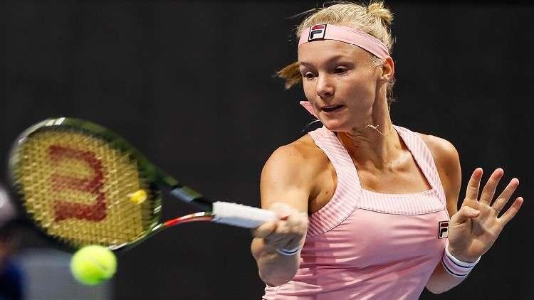 الهولندية بيرتينز تواجه الروسية بافليوتشينكوفا في ربع نهائي بطولة بطرسبورغ