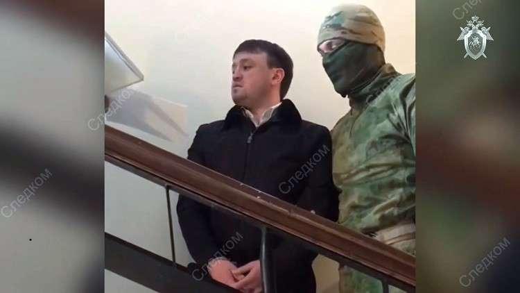 القبض على احد المتهمين في قضية سرقة الغاز بقيمة 30 مليار روبل