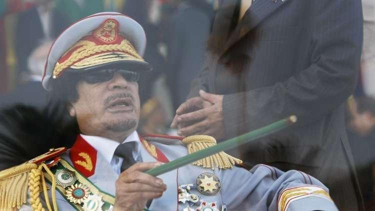 موقع: القذافي لا يزال حيا وشوهد يصلي في تشاد