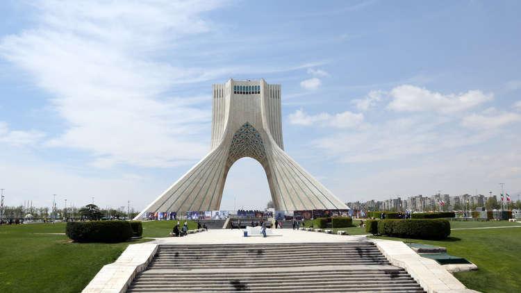 الأمن الإيراني يعتقل 7 أشخاص