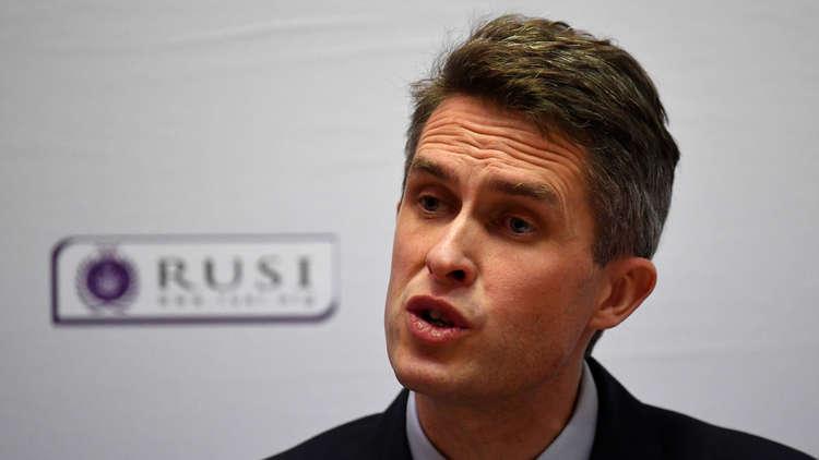 وزير الدفاع البريطاني: يجب أن نكون جاهزين للتصدي لخطر الصواريخ الروسية