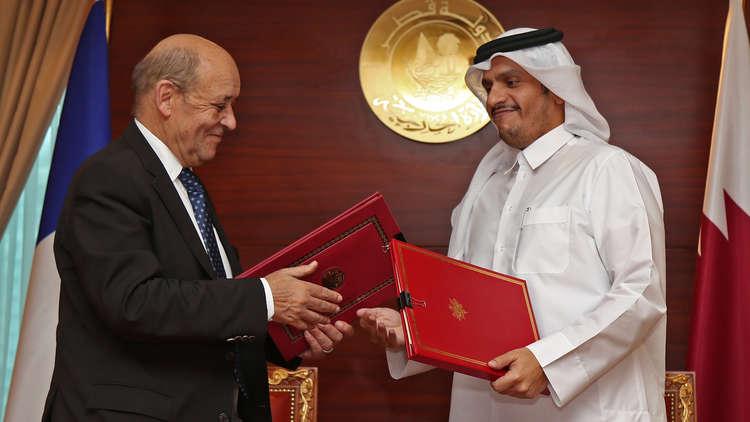 قطر وفرنسا توقعان اتفاق