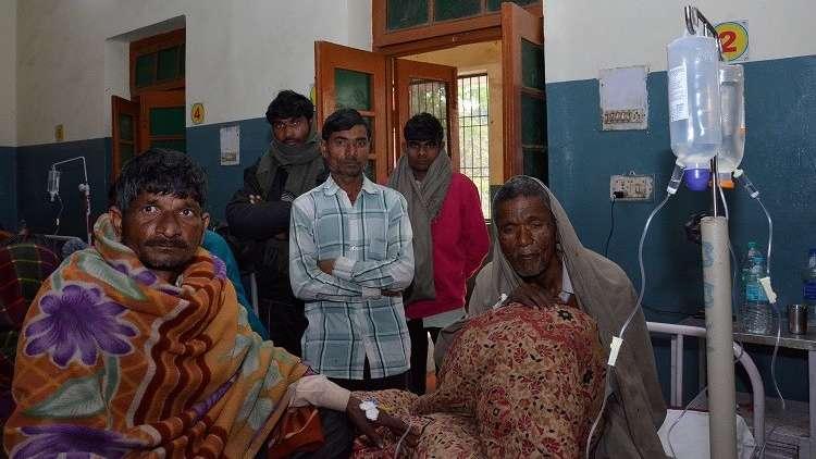 الهند.. السلطات تعتقل 3 آلاف شخص بعد مقتل 116 شخصا تناولوا كحولا مغشوشة