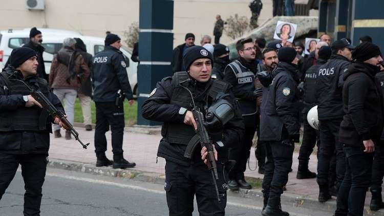 اعتقال 1112 شخصا في تركيا للاشتباه في صلتهم بغولن