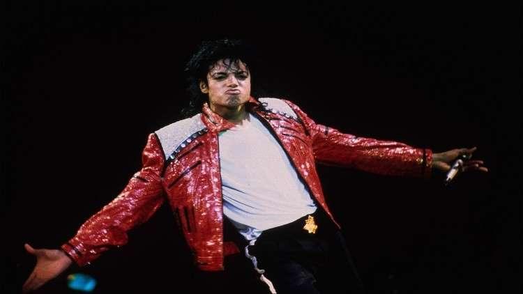 ميوله الجنسية تلاحقه إلى قبره.. النبش في أرشيف مقابلات مايكل جاكسون بحثا عن دليل!