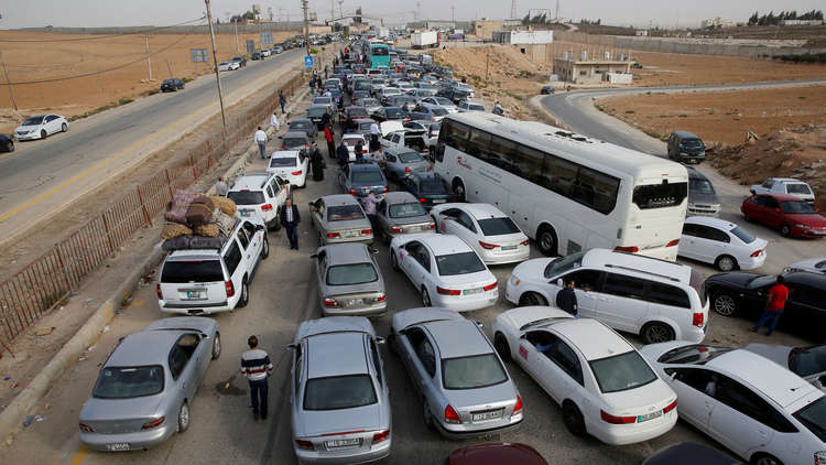 الأردن يعلن تمديد عمل معبر جابر الحدودي مع سوريا