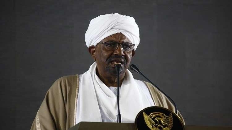 البشير يدعم السلام بمناطق النزاع في السودان