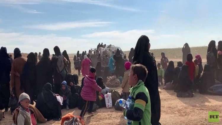 خروج دفعة  من النازحين من الباغوز بسورية