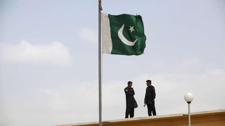 عناصر لأجهزة الأمن الباكستانية