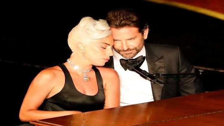 ليدي غاغا مع برادلي كوبر في حفل الأوسكار