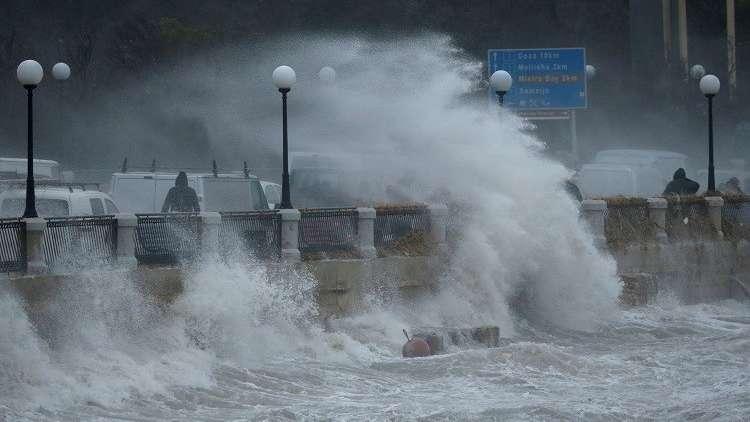 عاصفة في مالطا
