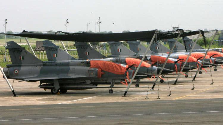 دبلوماسي باكستاني سابق يزعم أن بلاده احتجزت طيارا إسرائيليا بعد الاشتباك الجوي مع الهند