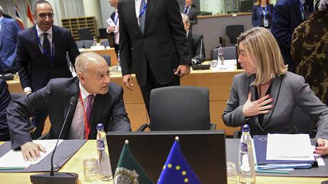 مفوضة السياسة الخارجية في الاتحاد الأوروبي، فيديريكا موغيريني، والأمين العام لجامعة الدول العربية، أحمد أبو الغيط