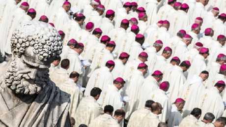 الفاتيكان يكشف عن