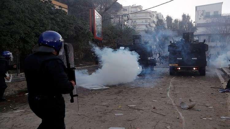 وفاة نجل شخصية جزائرية معروفة خلال المظاهرات
