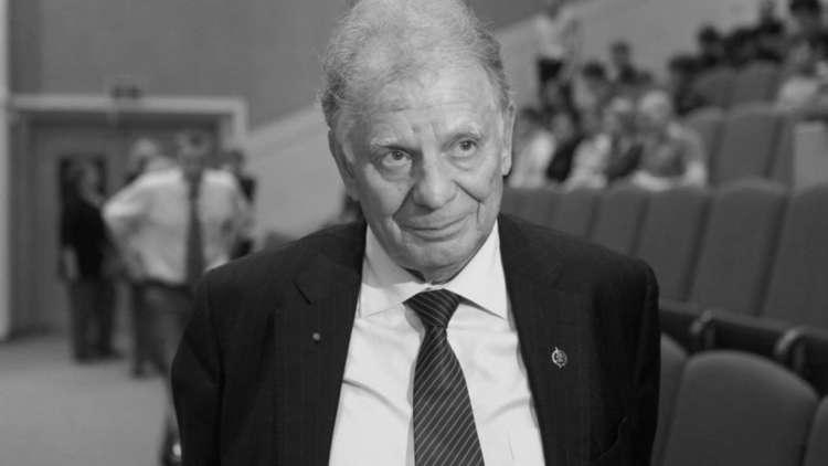 الموت يغيب عالم الفيزياء الروسي الشهير جوريس ألفيوروف