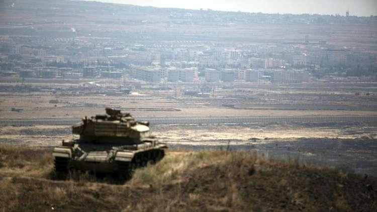 مدينة القنيطرة السورية في مرمى دبابة إسرائيلية بالجولان المحتل