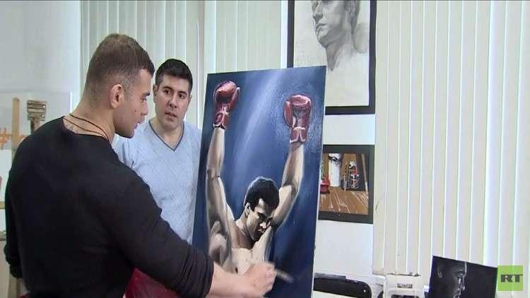 مقاتل MMA يجد التوافق النفسي بالرسم