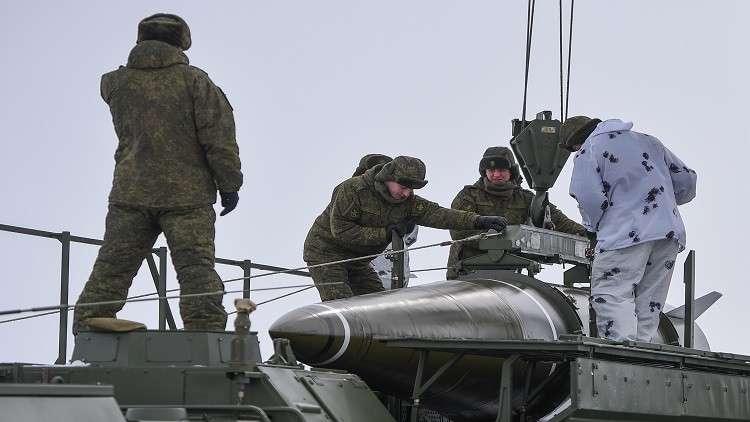 تراجع أمريكي مشروط عن الانسحاب من معاهدة الصواريخ مع موسكو