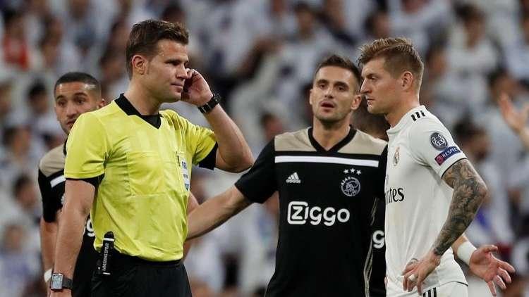 بالفيديو.. ريال مدريد يتلقى هدفين مشكوك في صحتهما بوجود الـ
