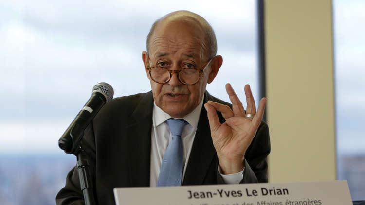 باريس: الجزائر دولة ذات سيادة ولدى شعبها الحق في اختيار قيادته