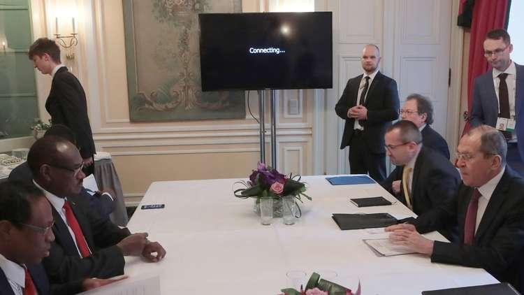 وزير الخارجية الروسي سيرغي لافروف ونظيره السوداني الدرديري محمد أحمد على هامش مؤتمر ميونخ للأمن