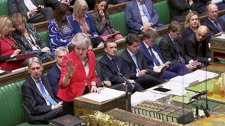 تيريزا ماي تلقي كلمة امام مجلس العموم البريطاني