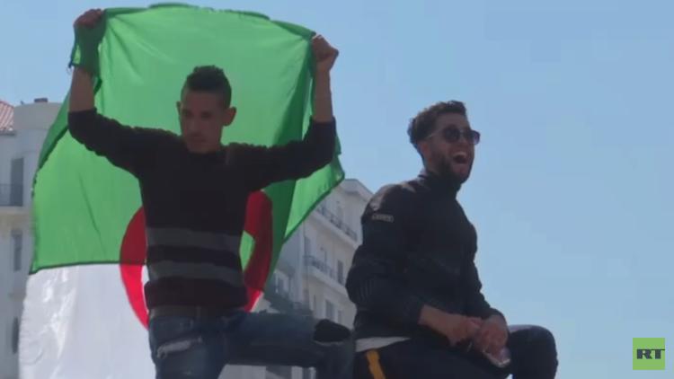 مظاهرات طلابية رافضة لقرارات بوتفليقة