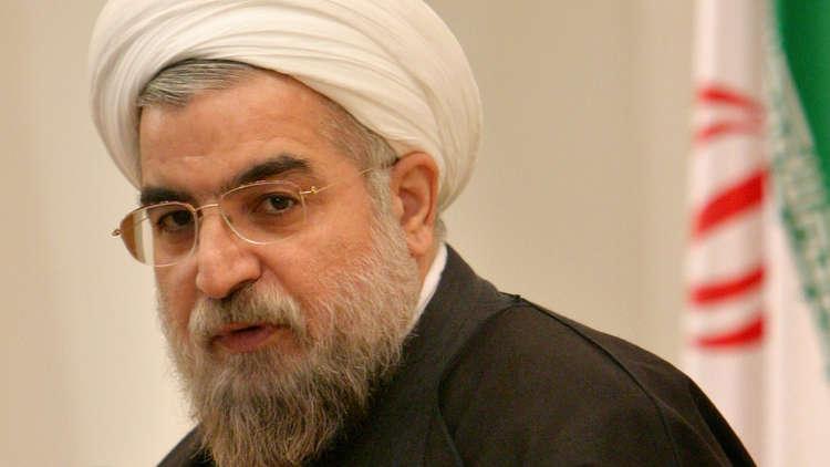 السيستاني لروحاني: يجب احترام سيادة العراق وضبط سلاح الفصائل بيد الدولة