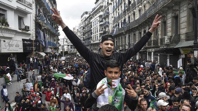 الحكومة الجزائرية: لن نكرر أخطاء سوريا وليبيا