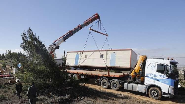 منظمة إسرائيلية: تل أبيت تحول أراضي فلسطينية صادرها الجيش لمستوطنات