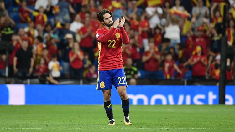 لويس إنريكي يستبعد إيسكو من قائمة إسبانيا لمواجهتي النرويج ومالطا