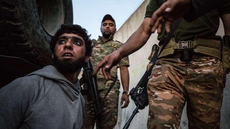 بدء إجراءات قانونية بحق 14 داعشيا فرنسيا في العراق