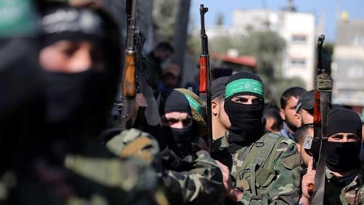 حماس توزع الحلوى في شوارع غزة احتفاء بعملية سلفيت