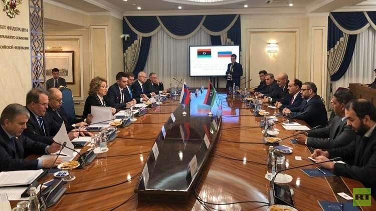 موسكو وطرابلس تتفقان على ضرورة إيجاد صيغة توافقية للأزمة الليبية