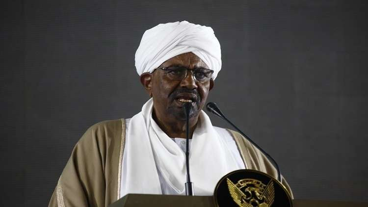 الرئيس السوداني يلزم أجهزة الدولة بمباشرة الأعمال عبر وزارة العدل