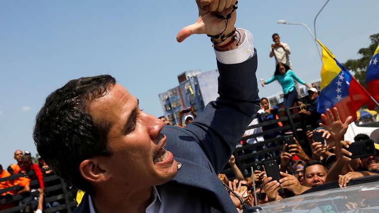 غوايدو يتهم المخابرات الفنزويلية باعتقال مدير مكتبه
