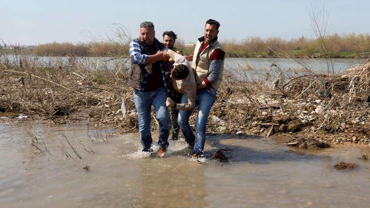 غرق عبارة في نهر دجلة بالموصل