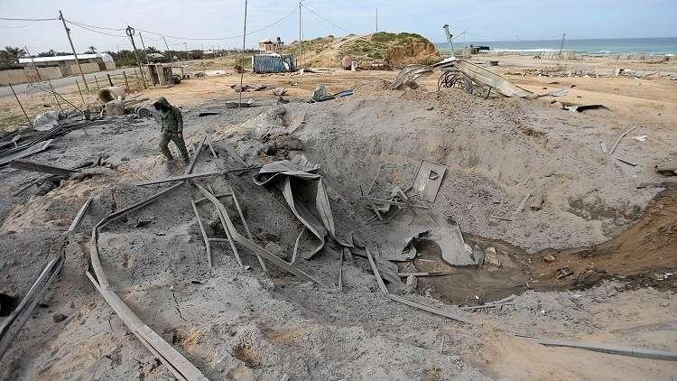 مصدر طبي: حالات اختناق بغازات مجهولة في بلدتين شمال غرب حماة بعد استهدافهما بقذائف صاروخية